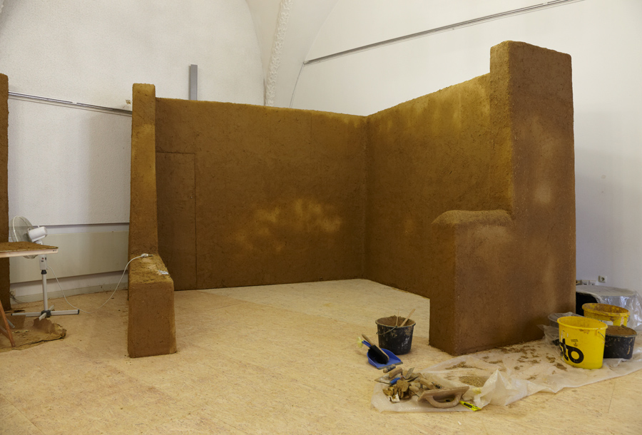 clayblog big bags im museum. Black Bedroom Furniture Sets. Home Design Ideas
