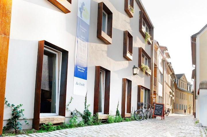 In einer schönen Altstadtgasse gelegen: das Familienhotel Weimar