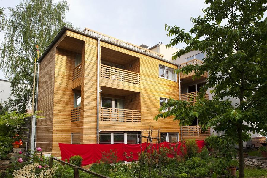 Holzbau-Referenzobjekt - Rückansicht Familienhotel