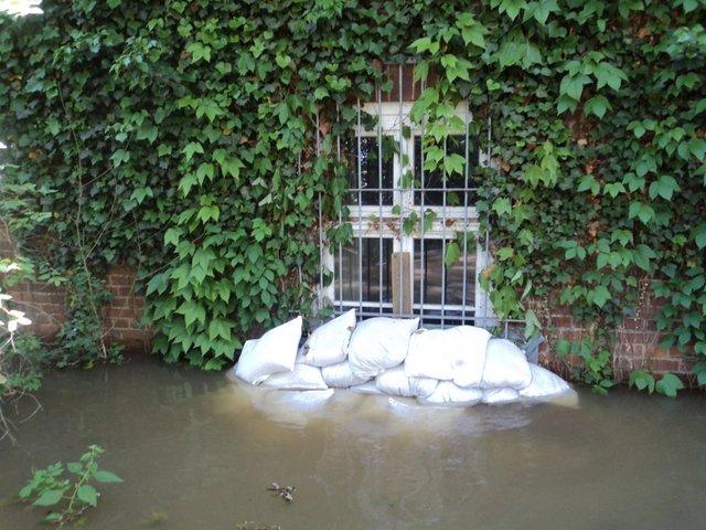 Bedrohlicher Wasserstand am Vitopia-Projekt