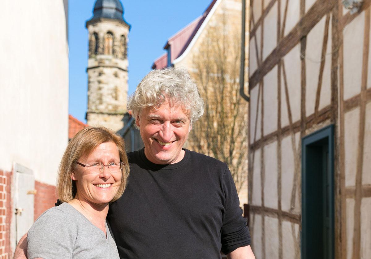 Fühlten sich in Arnstadt sichtlich wohl: Eheleute Gundel und Thomas May aus Halle
