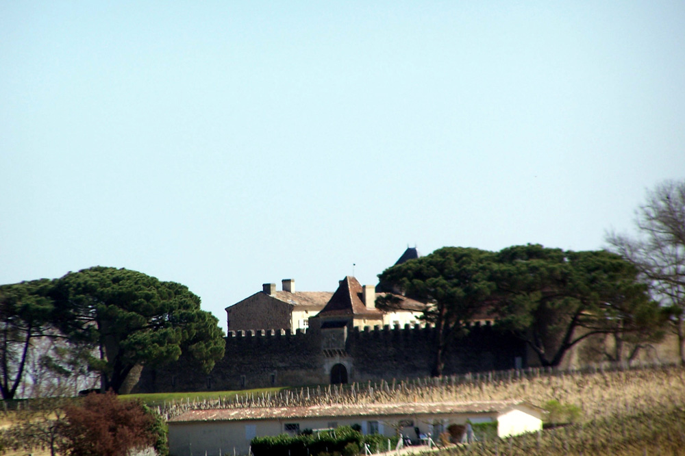 Die Barrique-Fässer bezieht Essigart von einem der berühmtesten Weingüter der Welt, dem Château d'Yquem