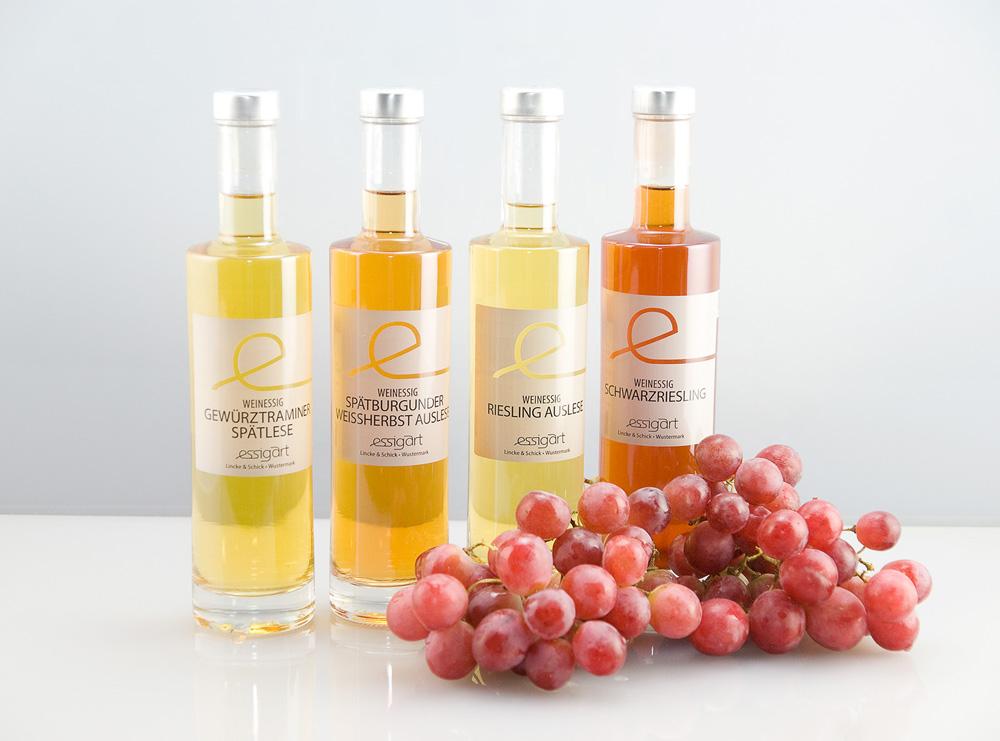 Im Herstellungsprozess der edlen Weinessige von Essigart spielt Lehm eine wichtige Rolle.