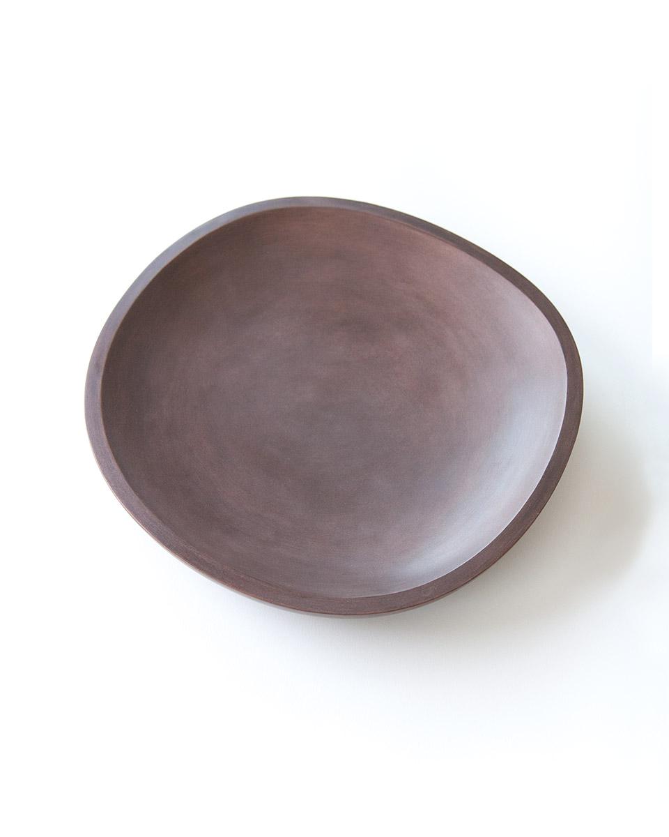 Eine von 20: Schale aus Stampflehm