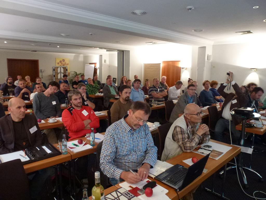 Hochkonzentriertes Auditorium beim Symposium Thüringen-Sachsen
