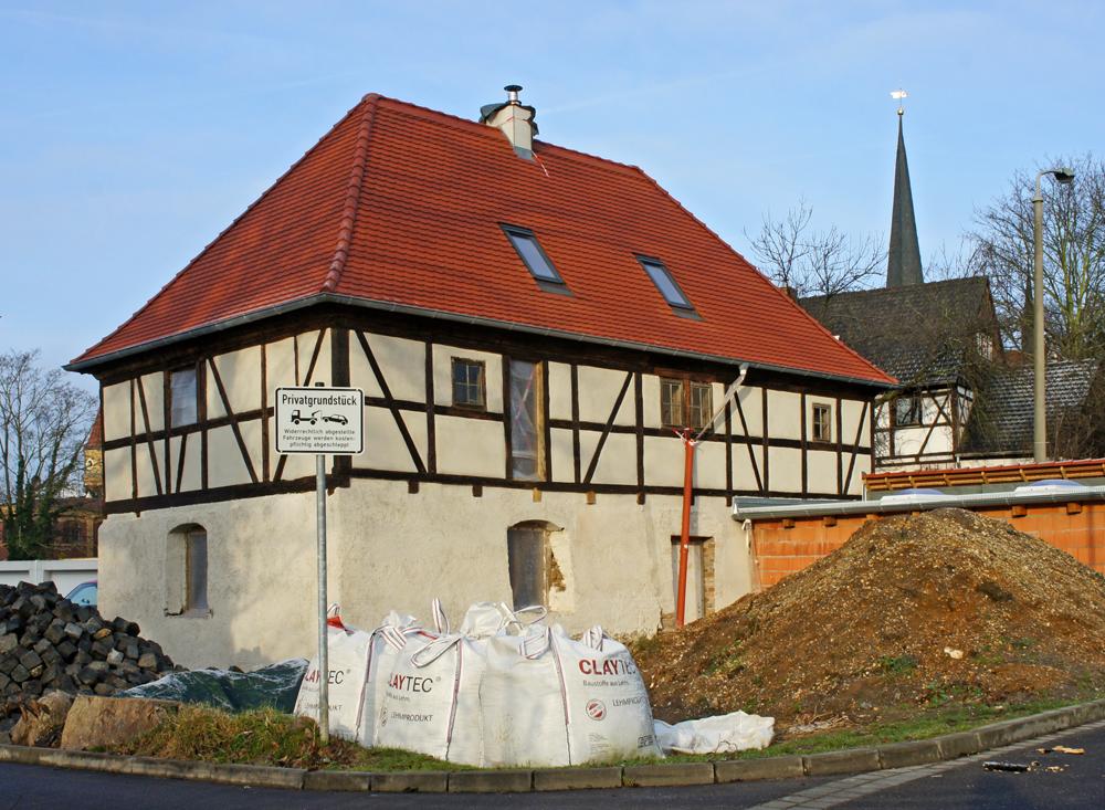 Typisch für die Region Leipzig: Kombination von Lehmwellerbau und Fachwerk