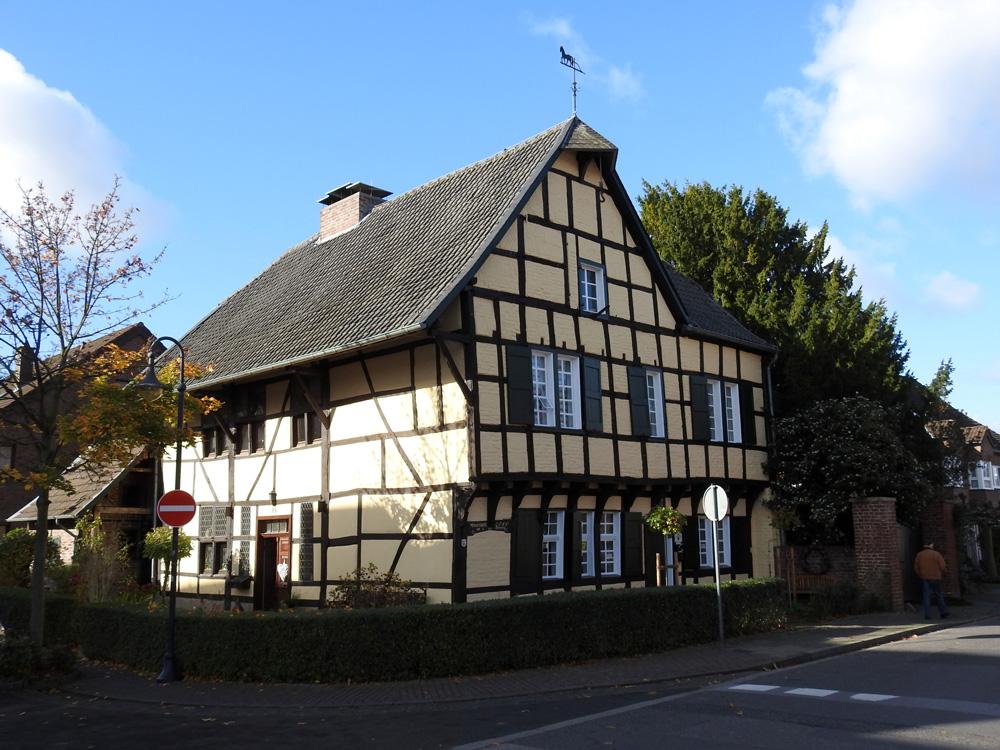 Historisches Kleinod - der Kuhlenhof in Korschenbroich